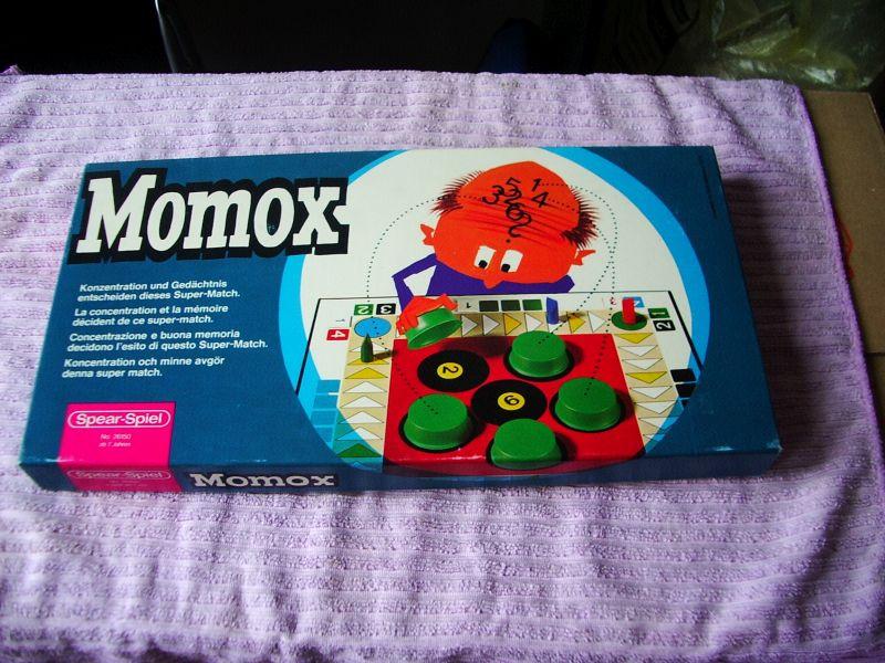Momox  Spear